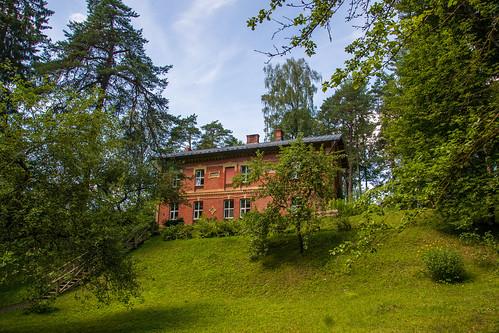 Lygatnės amatininkų namai