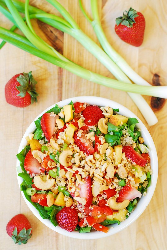 quinoa-strawberry-spinach-salad