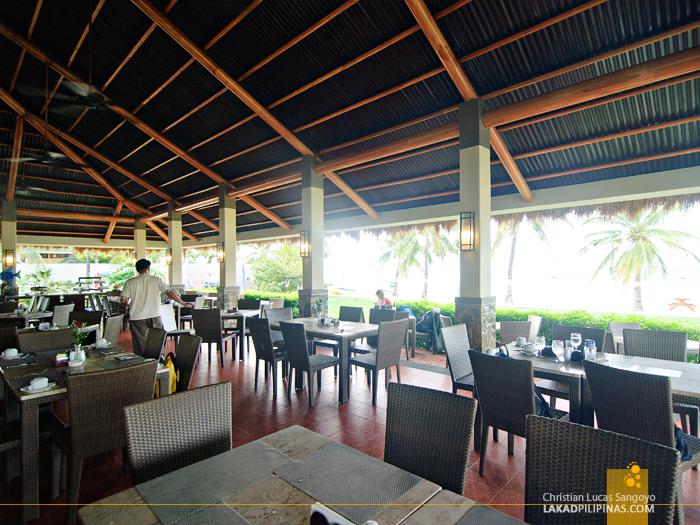 Breakfast Restaurant at Bohol Beach Club in Panglao