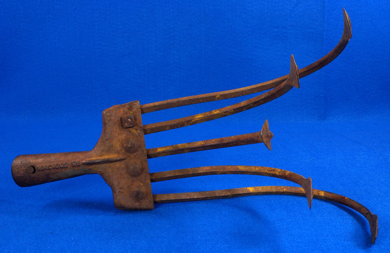 RD15253 Vintage Norcross 55 Garden Cultivator Head 5 Tine Plow Rake Claw Metal Farm Tool DSC08760