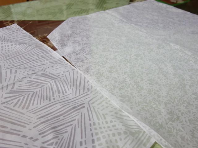 不同紋路的布料,染出來的感覺就不同@鳳林鎮花手巾工坊