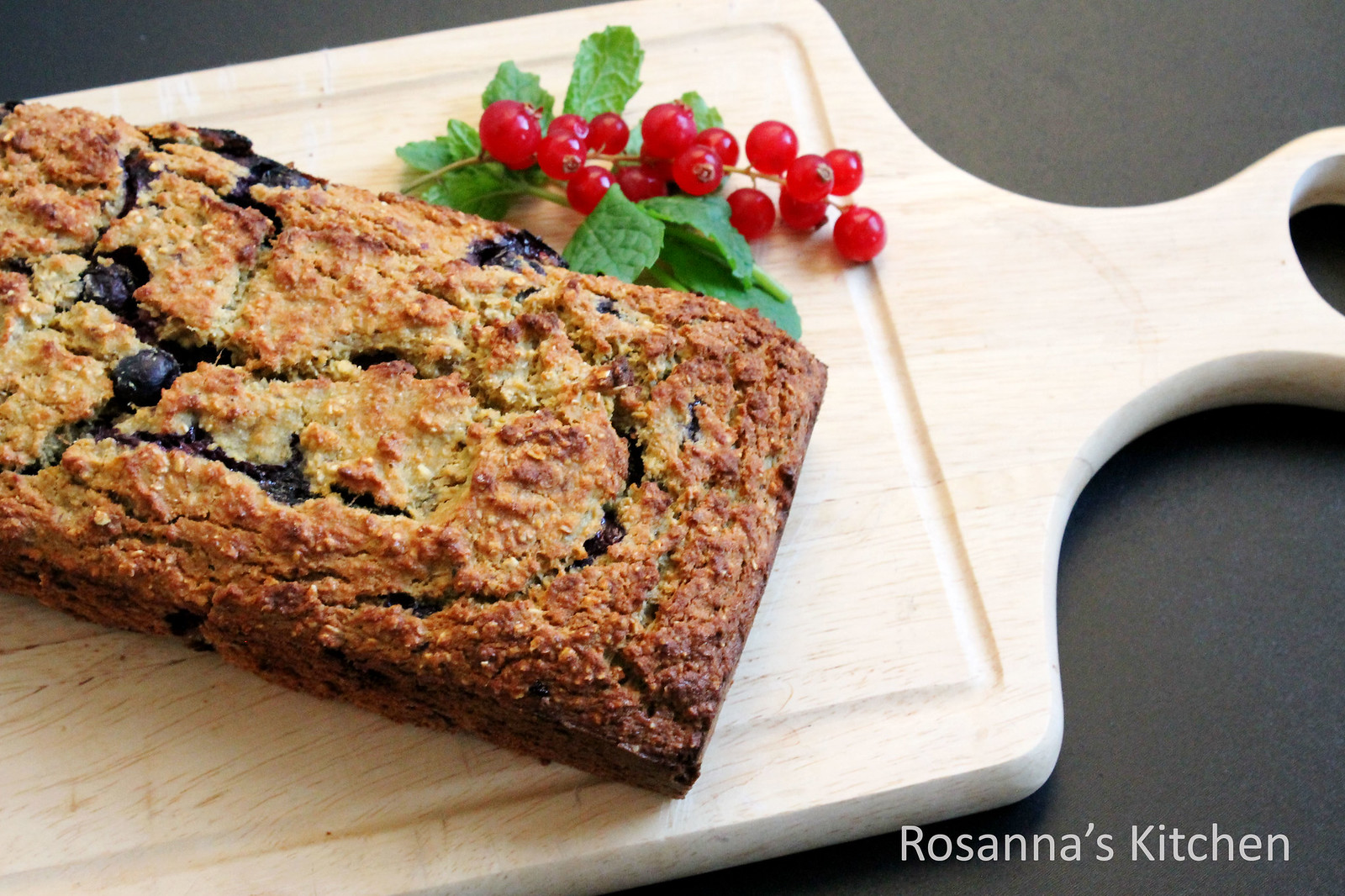 blueberry and banana oat loaf