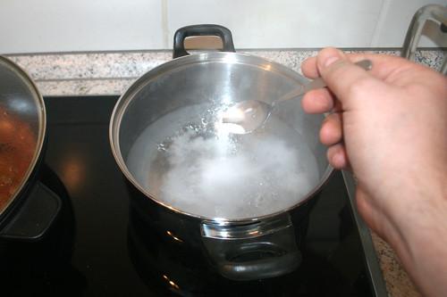 45 - Salz hinzu geben / Add salt