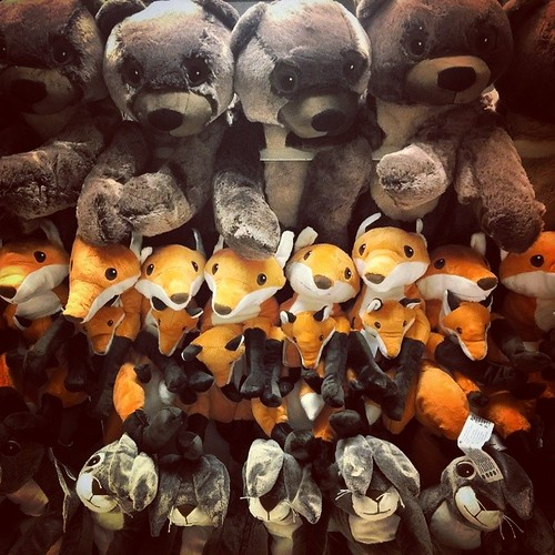 A wall of plushies...