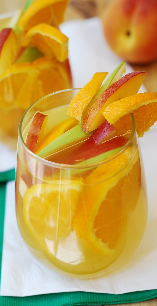 White Sangria, white peach sangria, cocktail recipes, oranges, apples ...