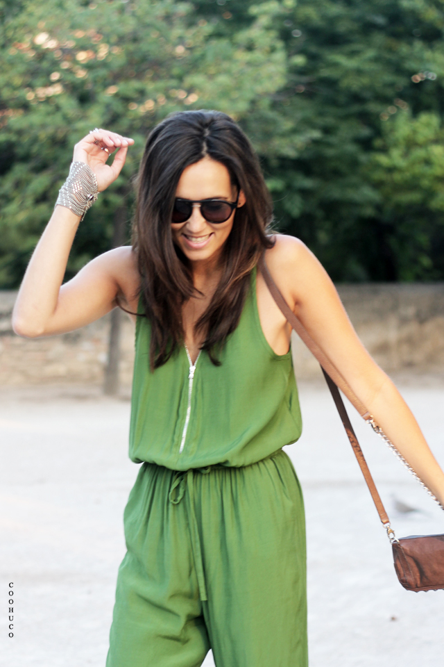 green jumpsuit coohuco 5