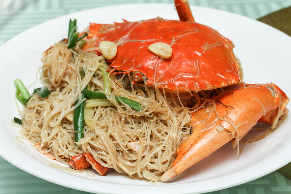 Joyden Seafood: Crab and Vermicelli Braised with Ginger & Spring Onion
