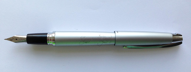 Review: @PilotPenUSA Knight Fountain Pen - Medium @PenChalet