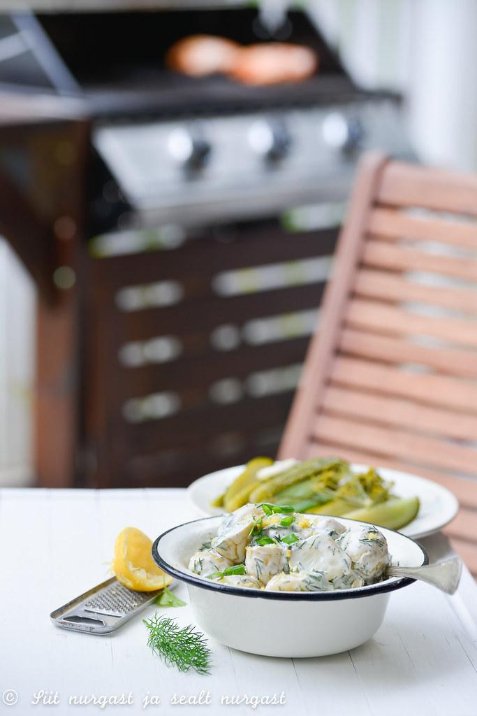 ürtide ja sidruniga kartulisalat