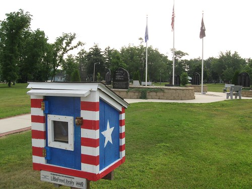 Little Free Library and war memorial, Muscoda WI