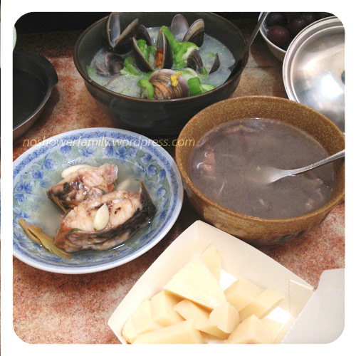 Homemade : steamed fish, Beef soup, Clams and loofah, bamboo shoots salad