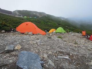 北岳山荘のテン場