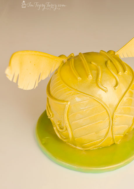 harry-potter-snitch-cake
