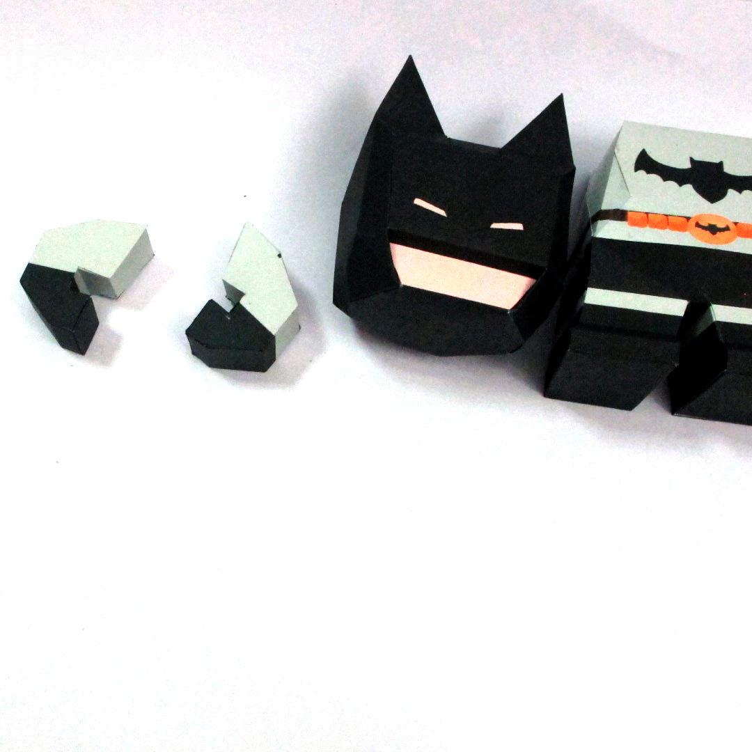 วิธีทำโมเดลกระดาษแบทแมน (Batman Papercraft Model) 019