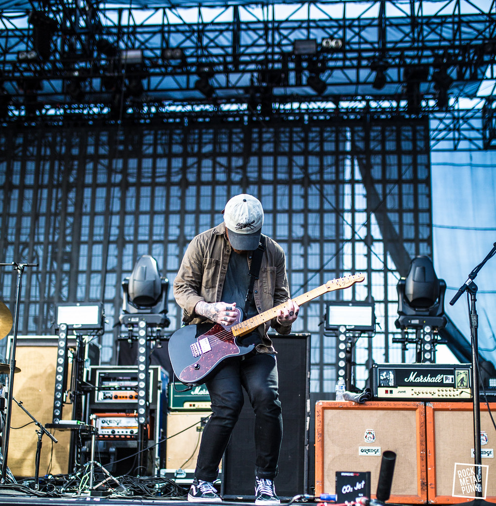6.04.2017 // BEARTOOTH @ Shrine Auditorium, Los Angeles, CA // Taken by Mia Conte