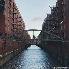 #iconic #hamburg #bridges #goodmorning #whpgoodmorning #hamburg_de #ahoihamburg #igershamburg #visithamburg #explorehamburg #traumstadt #speicherstadt #igershh #welovehh #igersgermany #germany #vsco #vscocam #wanderlust #travel