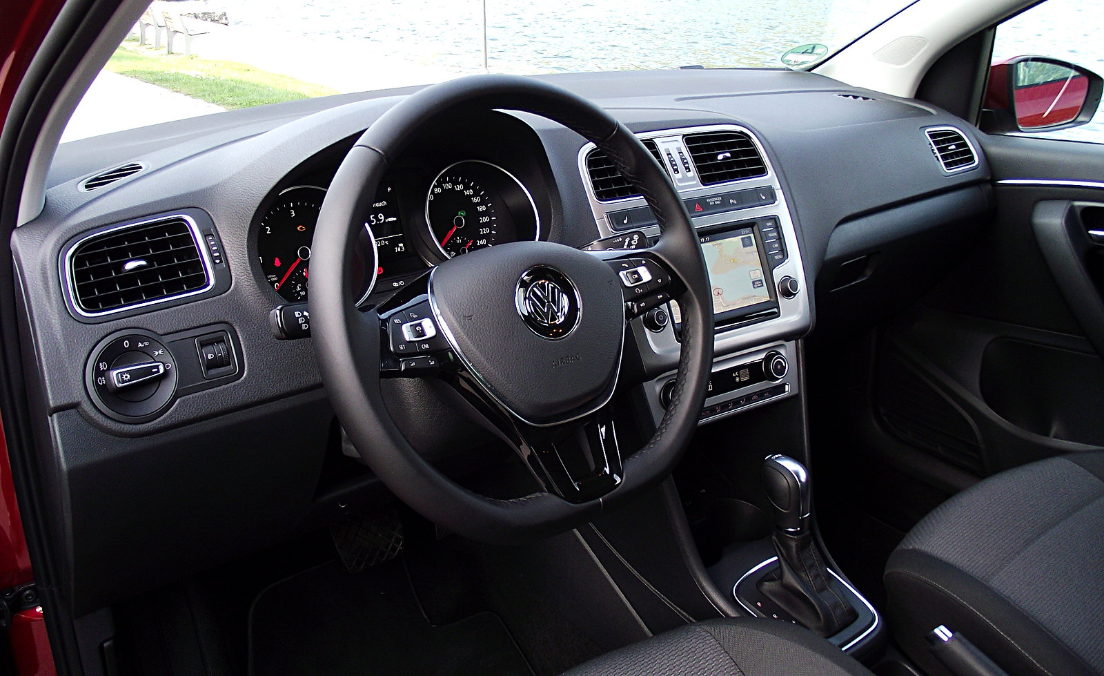 vw polo v 1 4 tdi 66 kw 90 ps dsg highline typ 6r 2014 cockpit interieur innenraum flickr. Black Bedroom Furniture Sets. Home Design Ideas