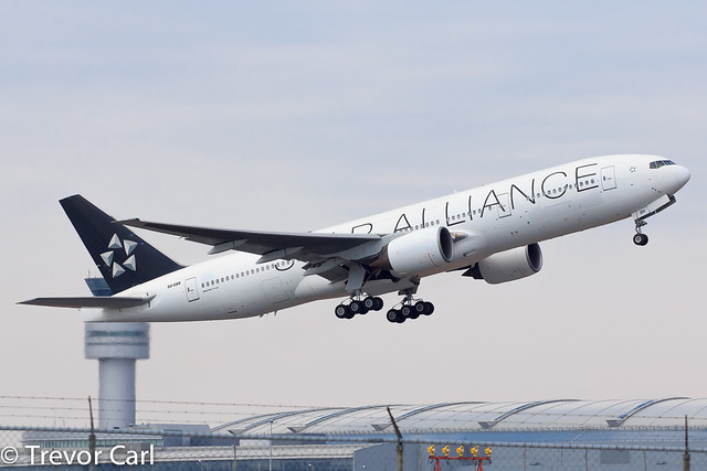 Star Alliance (Egypt Air) | SU-GBR | Boeing 777-266/ER | YYZ