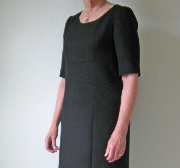 Janice front dress details