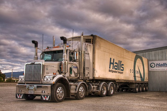 Halls refrigerated transport
