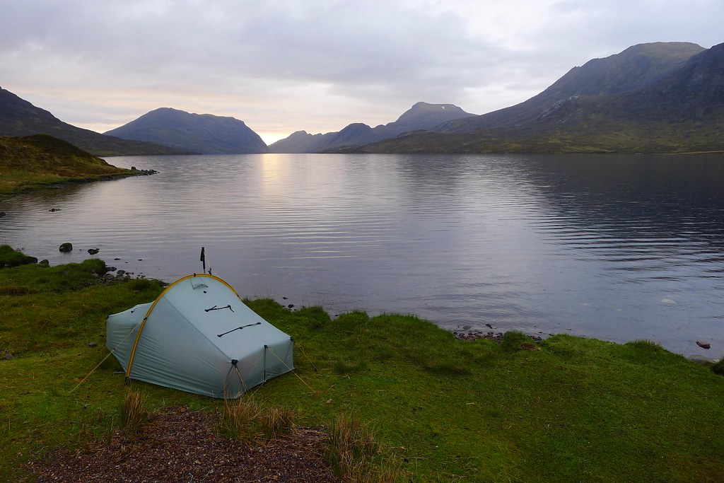 Wild camping besides Lochan Fada