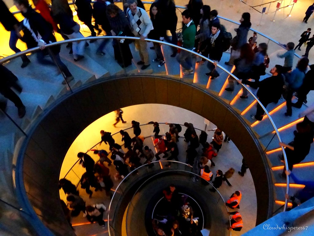 Whirl People (Le Louvre stairs)