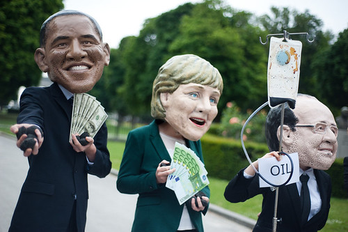 G7 leaders hooked on dirty energy