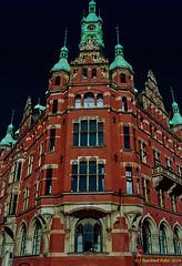 Hamburg Speicherstadt, 'Rathaus' der Speicherstadt, Sitz der Hamburger Hafen- und Lagerhaus-Aktiengesellschaft (Analog Aufnahme Nikon F5)