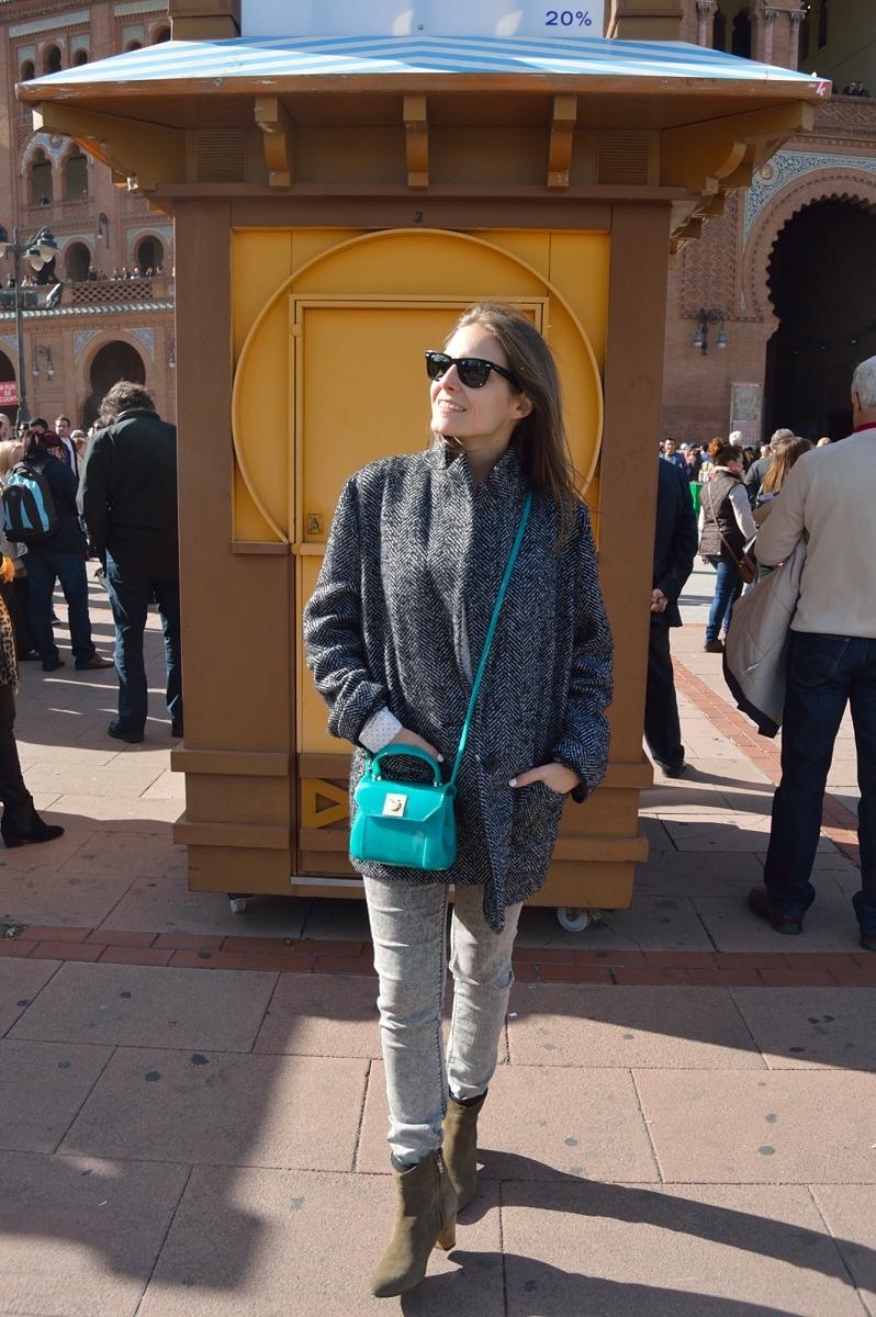 lara-vazquez-madlula-blog-fashion-style-streetstyle-grey-green-furla