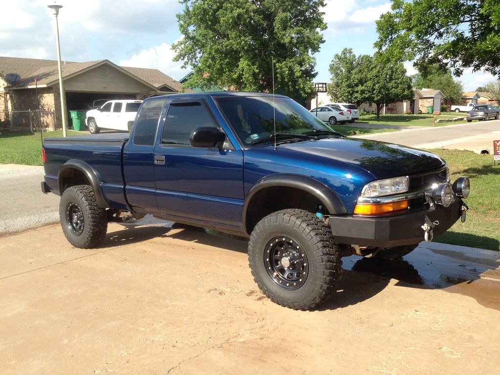 what color are stock ZR2 fender flares - S-10 Forum