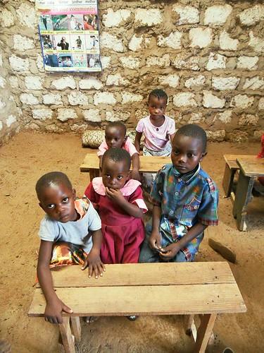 Africachild, proyecto para escolarizar niños en Kenya
