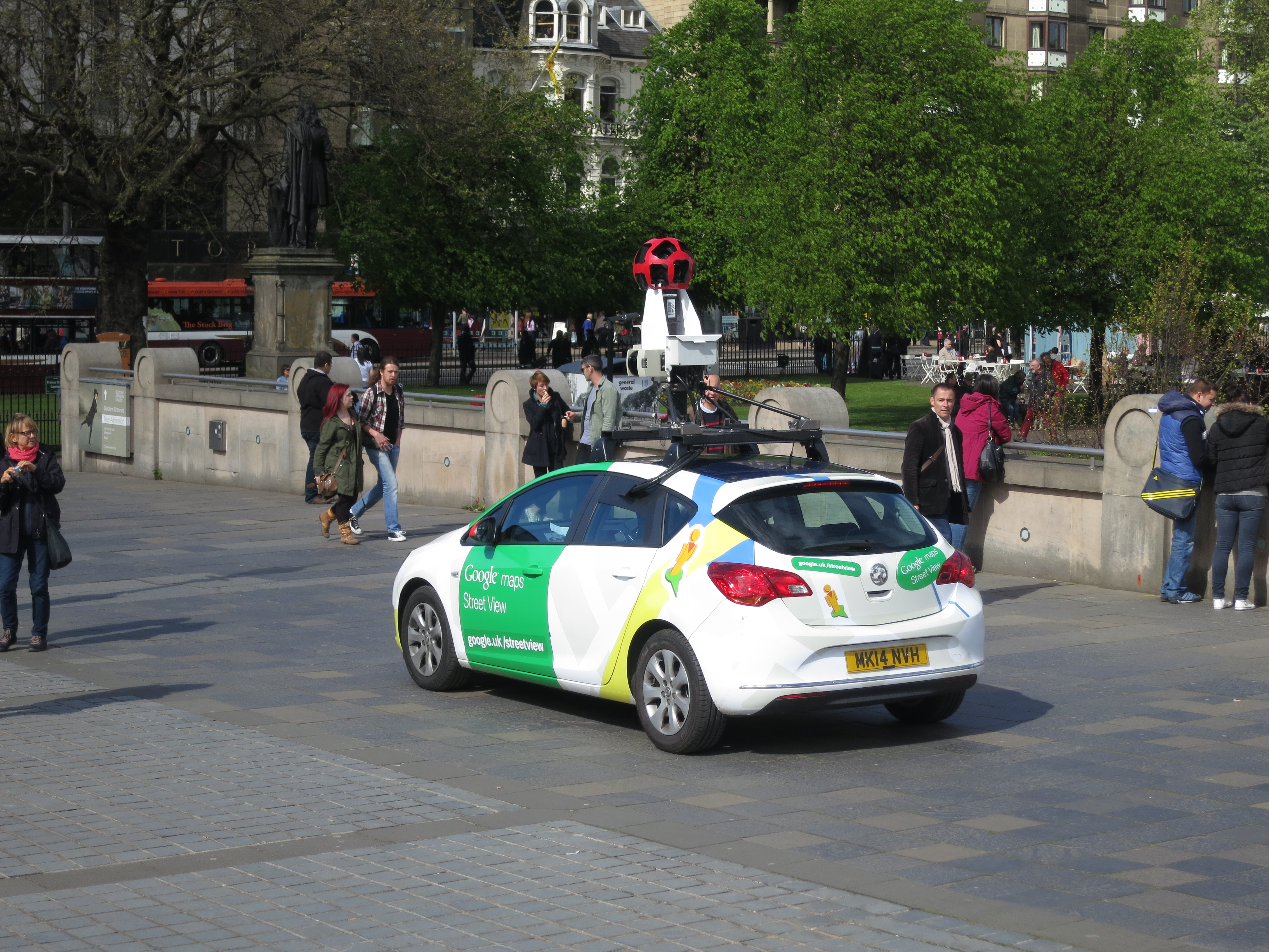 google 39 s street view cars can see hidden signs of climate change inverse. Black Bedroom Furniture Sets. Home Design Ideas