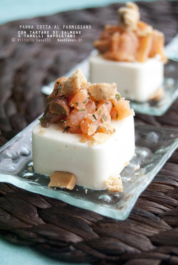 Panna cotta al parmigiano con tartare di salmone