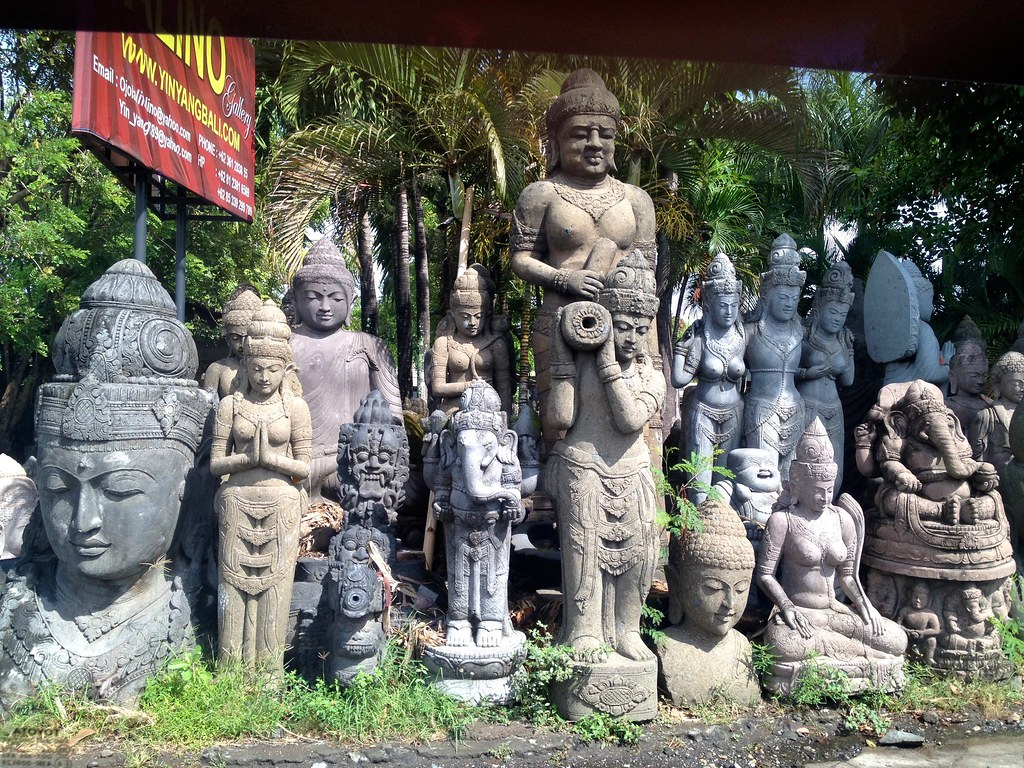 Stone statues for sale along the drive