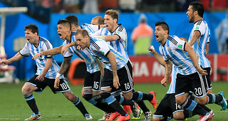Argentina-celebrates-beating-Netherlands-on-p_3170605