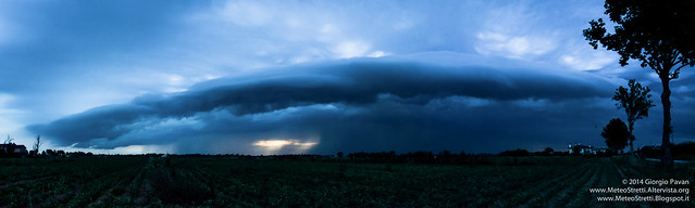 13 giugno 2014 - Shelf cloud panorama