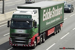 Volvo FH 6x2 Tractor with 3 Axle Curtainside Trailer - KX63 MZE - H4935 - Jennifer - Eddie Stobart - M1 J10 Luton - Steven Gray - IMG_3392