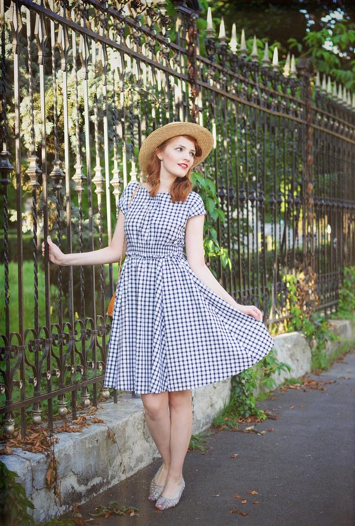 retro_summer_dress