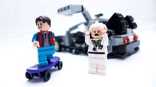 LEGO_BTTF_21103_08