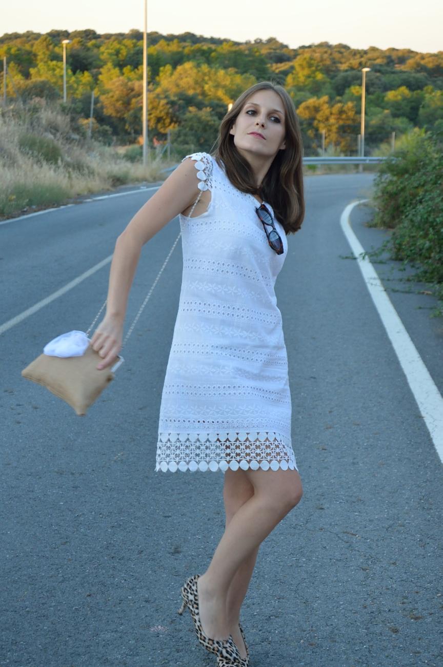 lara-vazquez-mad-lula-fashion-style-streetstyle-fashion-look-white-dress