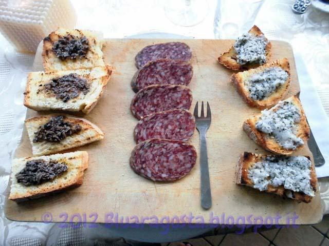 04-tagliere con bruschette e salame di cinghiale
