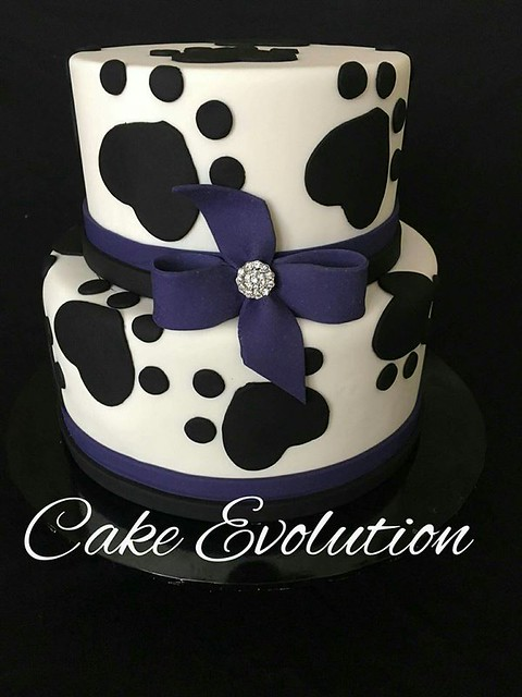 Puppy Themed Cake by Cake Evolution