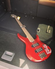 Picked up a new Bass from archiesguitars.com in Richardson today