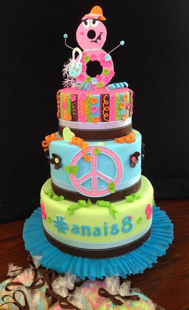 Cake by Divine Sweets