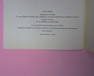 Roland Barthes, Variazioni sulla scrittura. Einaudi 1999. [Responsabilità grafica non indicata]. Colophon / verso della carta di guardia (part.), 1