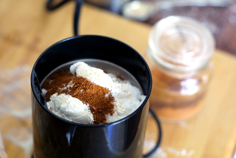 Cinnamon sugar, ready for blending