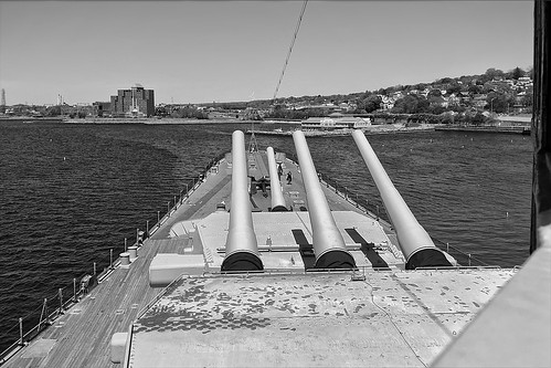 blackandwhite wednesday large 0514 bigguns battleshipcove fallriverma silverefex