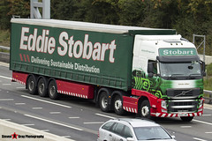 Volvo FH 6x2 Tractor with 3 Axle Curtainside Trailer - PX60 CMO - H4542 - Carole Lillian - Eddie Stobart - M1 J10 Luton - Steven Gray - IMG_3959