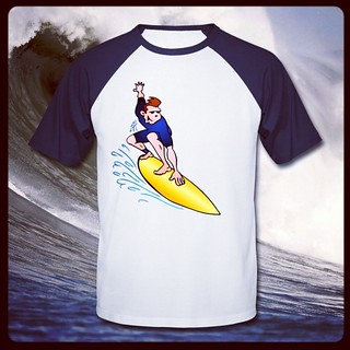 Surfer T-Shirt. www.Tekenaartje.nl #surf #surfer #surfen #surfen #Tshirt  #Tshirtdesign  #Spreadshirt  #Zazzle  #dailydrawing #dailysketch #design #drawing #tekening #tekenen #ontwerp