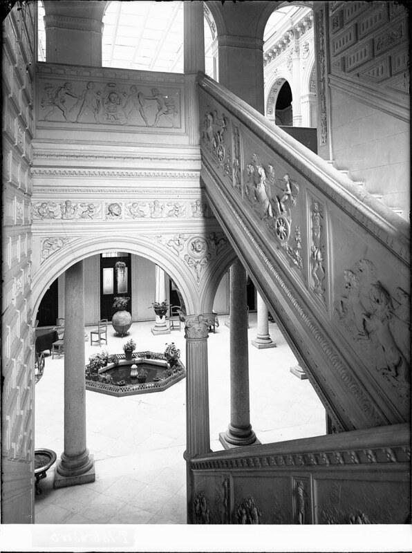 Hotel Castilla a comienzos del siglo XX. Fotografía de J. Lacoste © MECD, Fototeca del IPCE, signatura VN-22677_P
